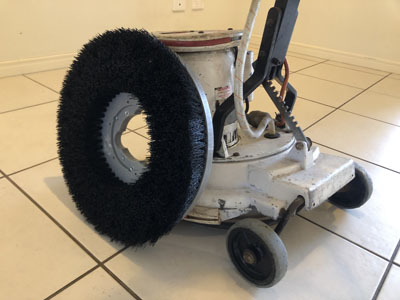 Tile scrubbing machine